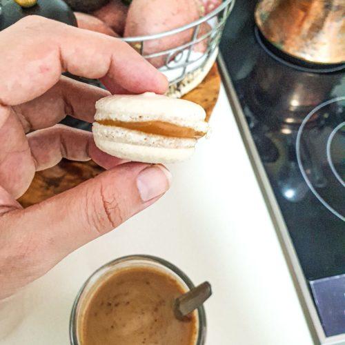 Vegan Recipes Cacao-Shamaness Vegan Macron with Peanut Butter White Chocolate Ganache