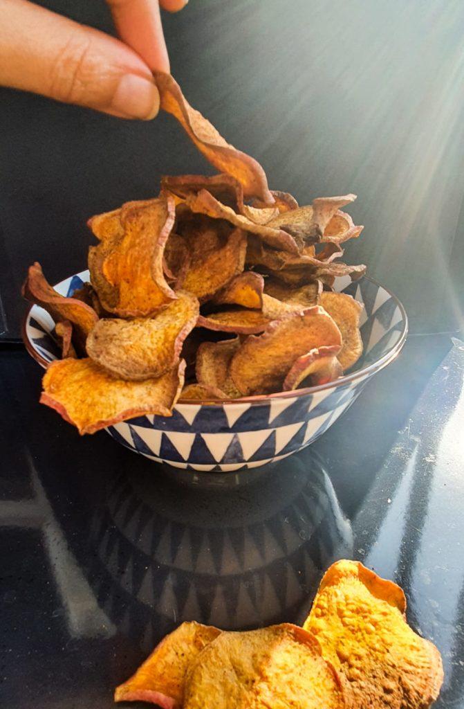 Vegan Recipes Cacao-Shamaness Vegan Sweet Potato Chips Oven Baked