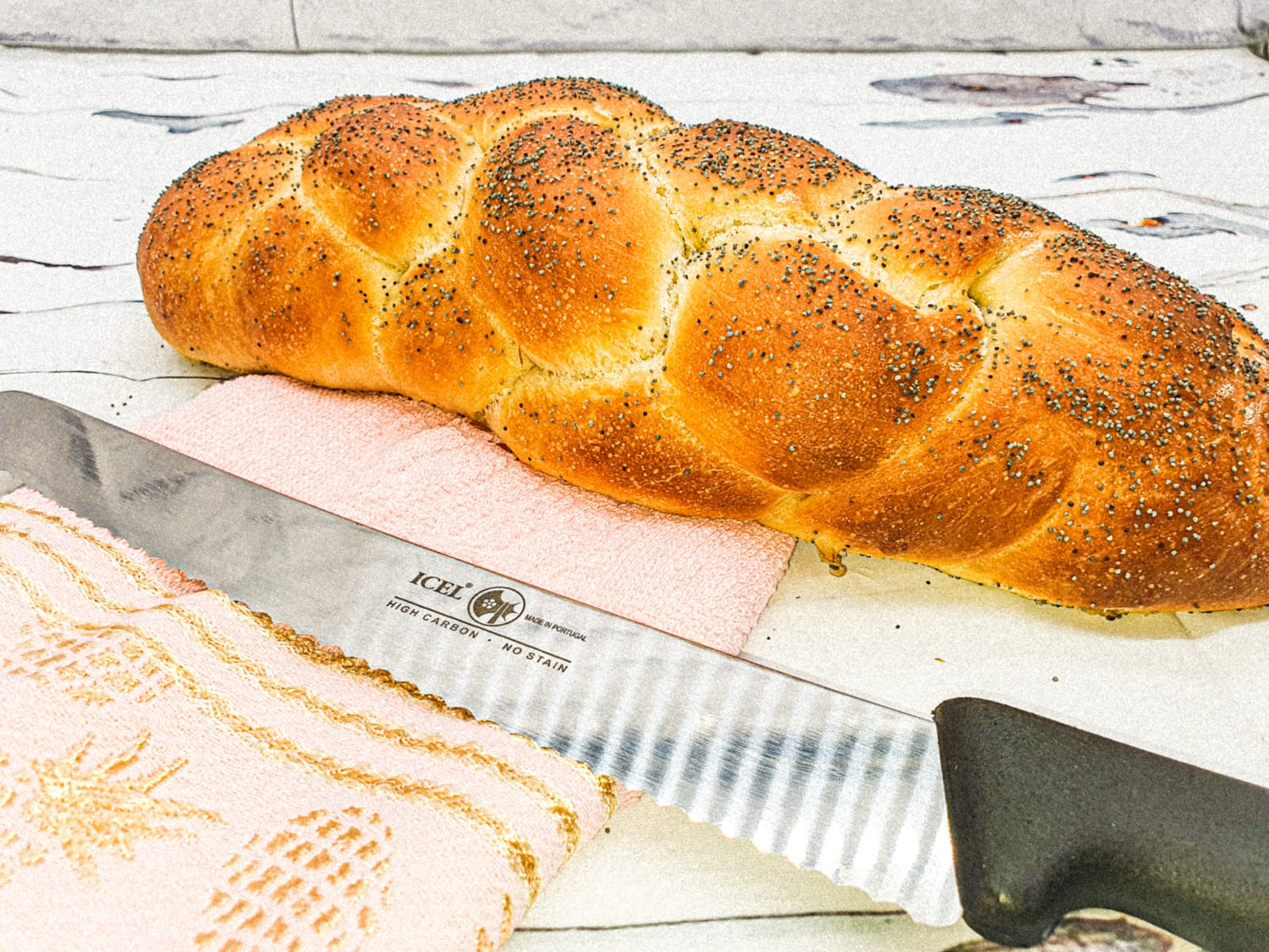 Vegan Recipes Cacao-Shamaness Vegan fresh baked Challah Bread