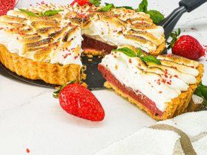 Vegan Recipes Cacao-Shamaness Vegan Strawberry Basil Meringue Pie