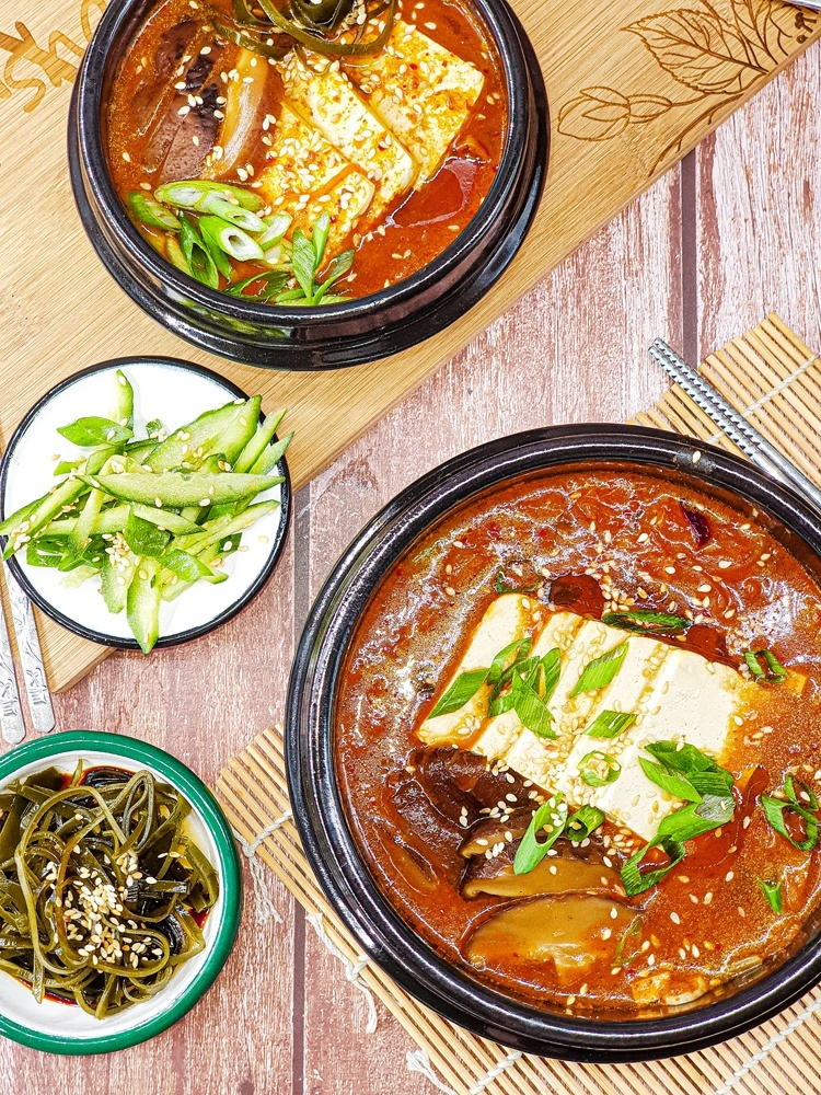 Vegan Recipes Cacao-Shamaness Vegan Kimchi tofu stew