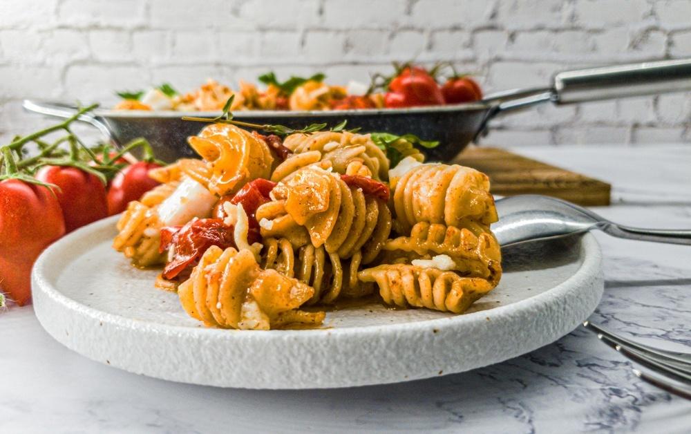 Vegan Recipes Cacao-Shamaness Vegan Baked Cherry Tomatoes Vegan Feta Pasta