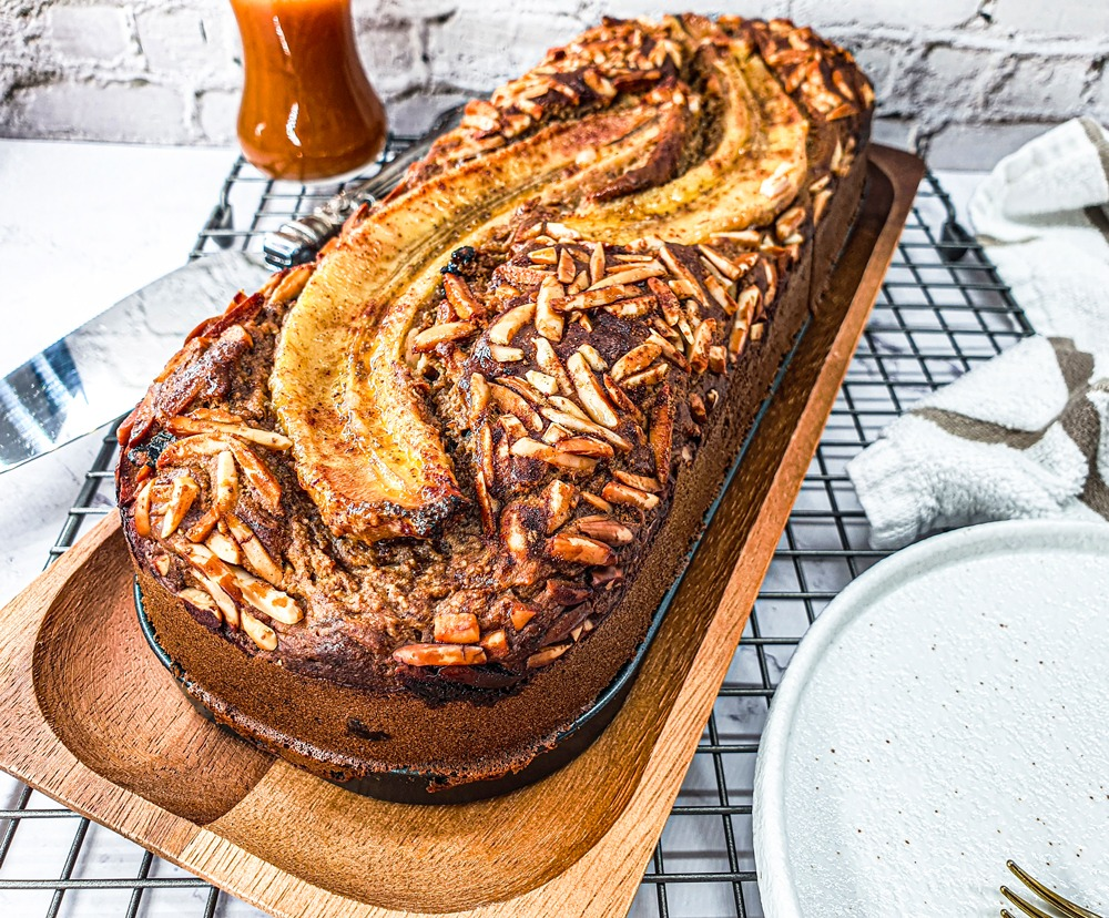 Vegan Recipes Cacao-Shamaness Vegan Banana Almond Bread & Salted Caramel Sauce